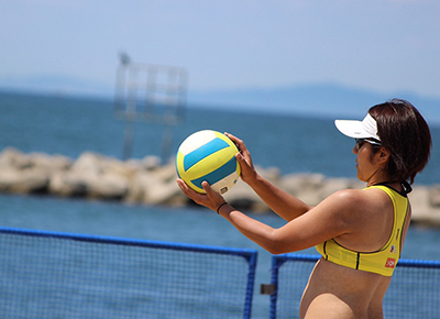 写真:BEACH VOLLEYBALL